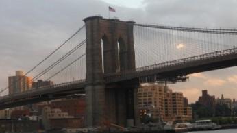 Le Brooklyn Pont et Brooklyn derrière