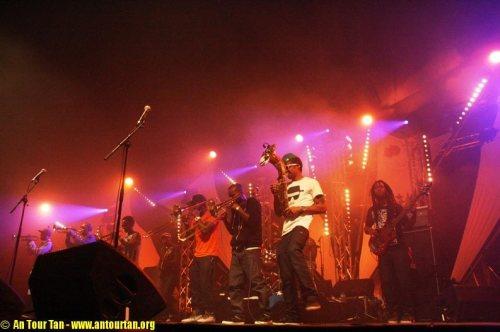 Hypnotic Brass Ensemble au Festival du Bout du Monde